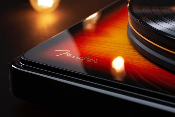 פטיפון מעוצב Mofi - Fender X PrecisionDeck